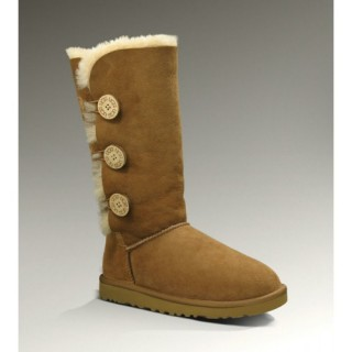 Ugg Bottes Bailey Button Triplet 1873 Chataigne