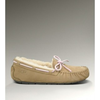 Ugg Dakota 5612 Chaussons Sable Rabais