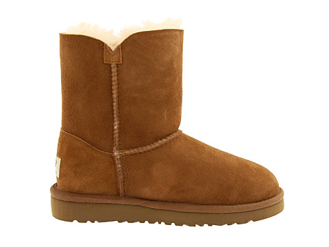 UGG Bailey Button Enfants Chataigne 5991 Dégagement